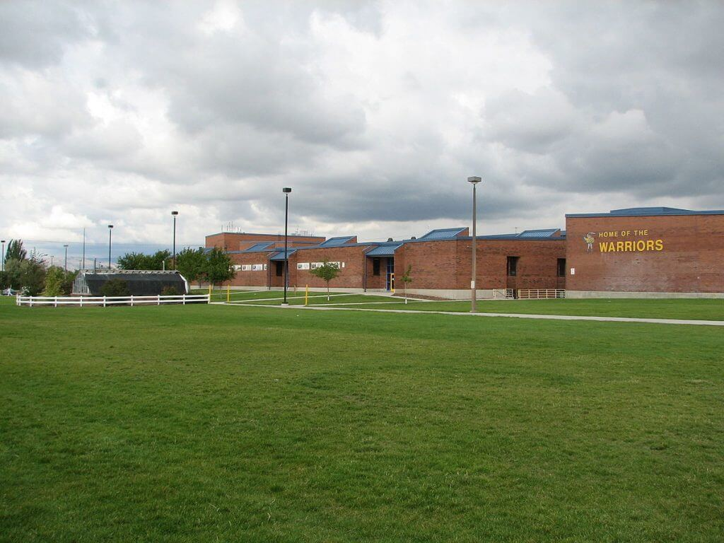 TAYLORSVILLE HIGH SCHOOL